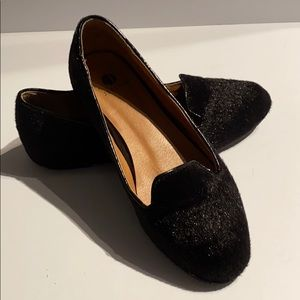 Shoes - 🆕 Pony Hair Black Loafers EUC size 8